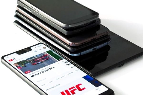 smartphones under 15000 rs india